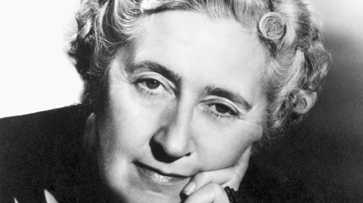 ENGLISH MAG - JPEG - Agatha Christie - BE084457.jpg